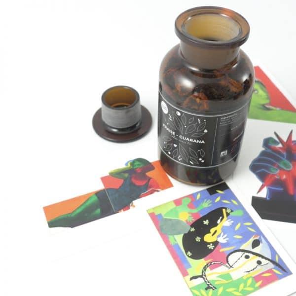 thé noir bio gourmand fruité fraise guarana bocal verre apothicaire