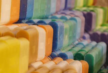 La liste INCI : quels ingrédients privilégier pour un savon green ?