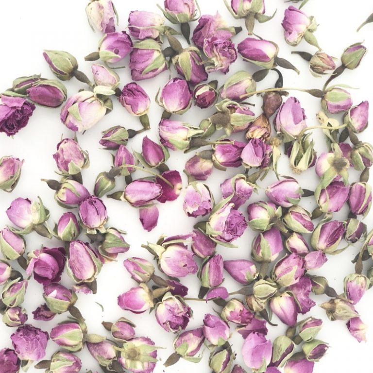 Pourquoi j'ai créé le thé blanc à la rose et comment je conçois nos recettes de thés.